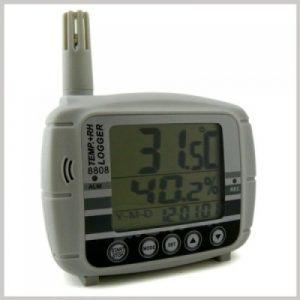 AZ Instrument 8808 Temperature & Humidity Datalogger